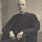P. Juan, joven sacerdote